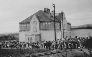 Tåsen skole 17. mai 1927