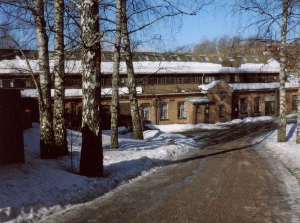 Kjelsås bruk/Mustad fabrikker på østsiden av Akerselva. Foto: Knut Olborg.